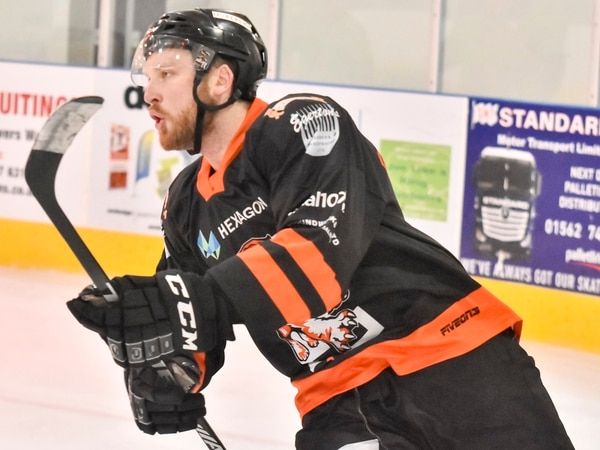 Telford Tigers lose a high-scoring clash to Hull Pirates
