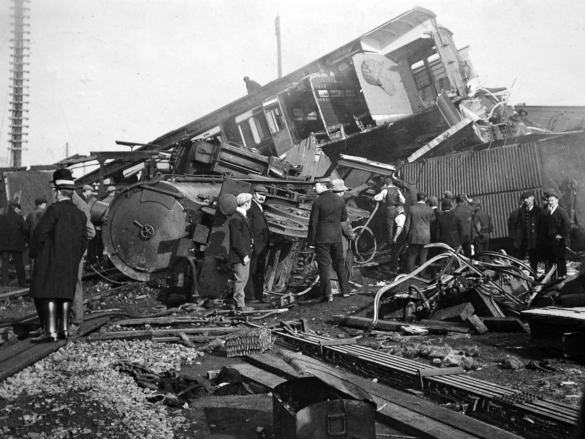 """The aftermath of the disaster, as seen in a postcard which was franked at Shrewsbury the day afterwards, with the message reading in part: """"I am sending this for you to see a bit what it is like – but this (is) nothing to what it really is (like)."""""""