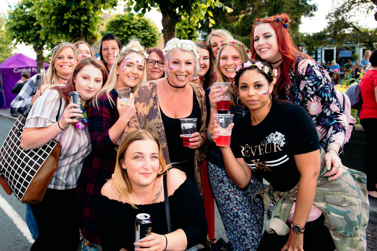 LAST COPYRIGHT SHROPSHIRE STAR JAMIE RICKETTS 16/06/2018 - Broseley Festival 2018...*Too drunk to give names*...