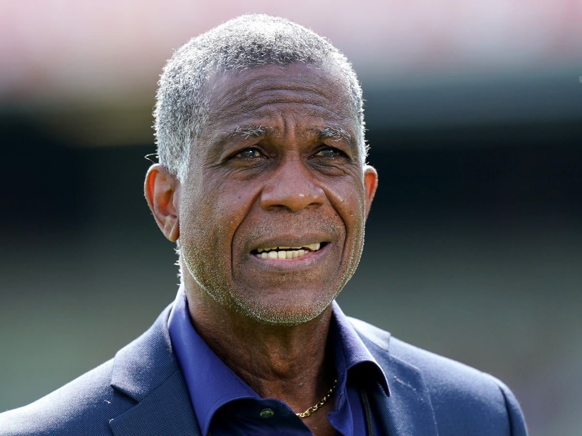 Former West Indies pace bowler Michael Holding has applauded the England football players and manager Gareth Southgate