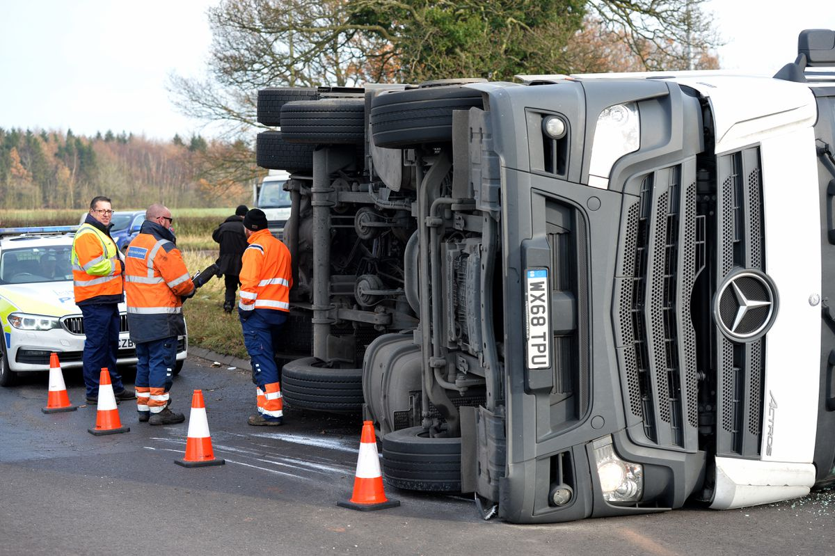 The overturned lorry at Pickmere Island