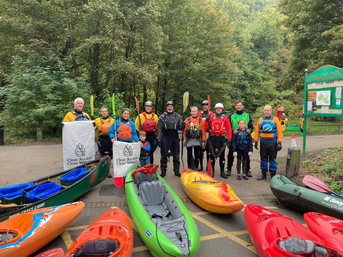 Wombourne Kayak Club cleaned a mile of the River Severn