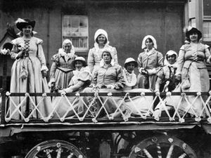 These ladies from Bishop's Castle Women's Institute Choir's won a prize for their Elizabethan tableau at the September 1934 town carnival – but were they reprising a role in the historical pageant of a few weeks earlier?