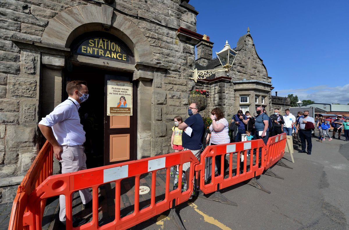 Queues for the Severn Valley Railway in Bridgnorth