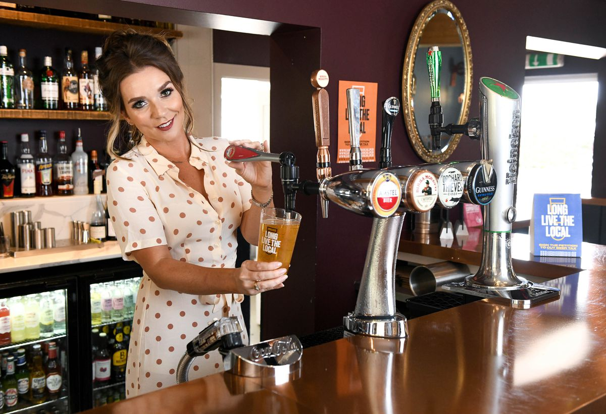 Pints can be pulled in England from Monday, but will have to be drunk outside