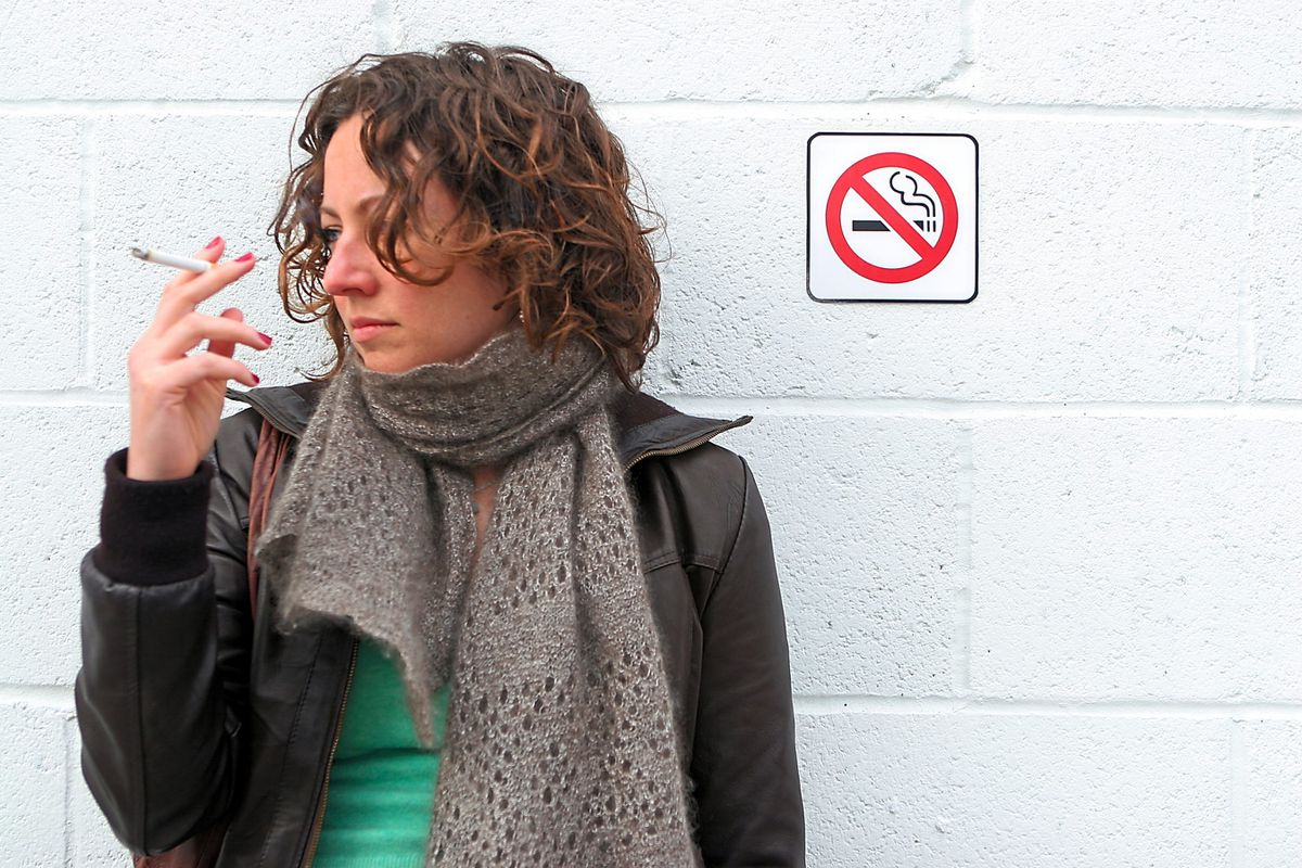 Young smokers put themselves at risk