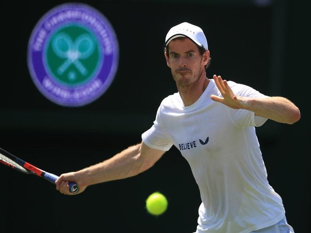 Murray back at Wimbledon playing doubles