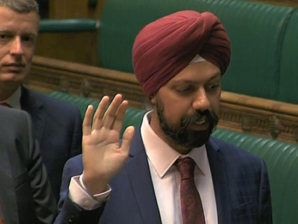 Labour MP calls on PM to apologise for