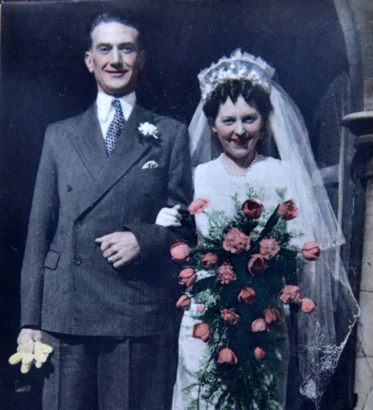 NORTH COPYRIGHT SHROPSHIRE STAR STEVE LEATH 17/07/2021..Pic in Muckleton, Shawbury, where Edna Taylor was celebrating her 100th birthday, here with husband George Taylor when they were wed in Old Fletton in Peterborough..