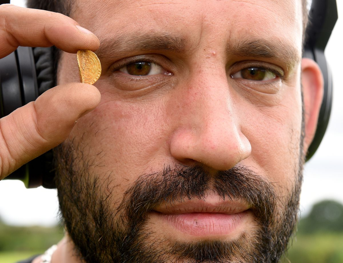 Tobias Karim, who found a gold coin dated to the 1300s