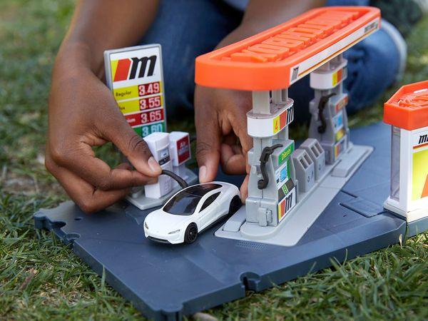 Matchbox charging station