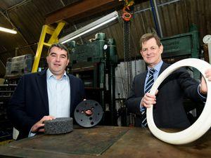 Robert Oakes, director of DKL Rubber Ltd, with Stuart Rea of FBC Manby Bowdler