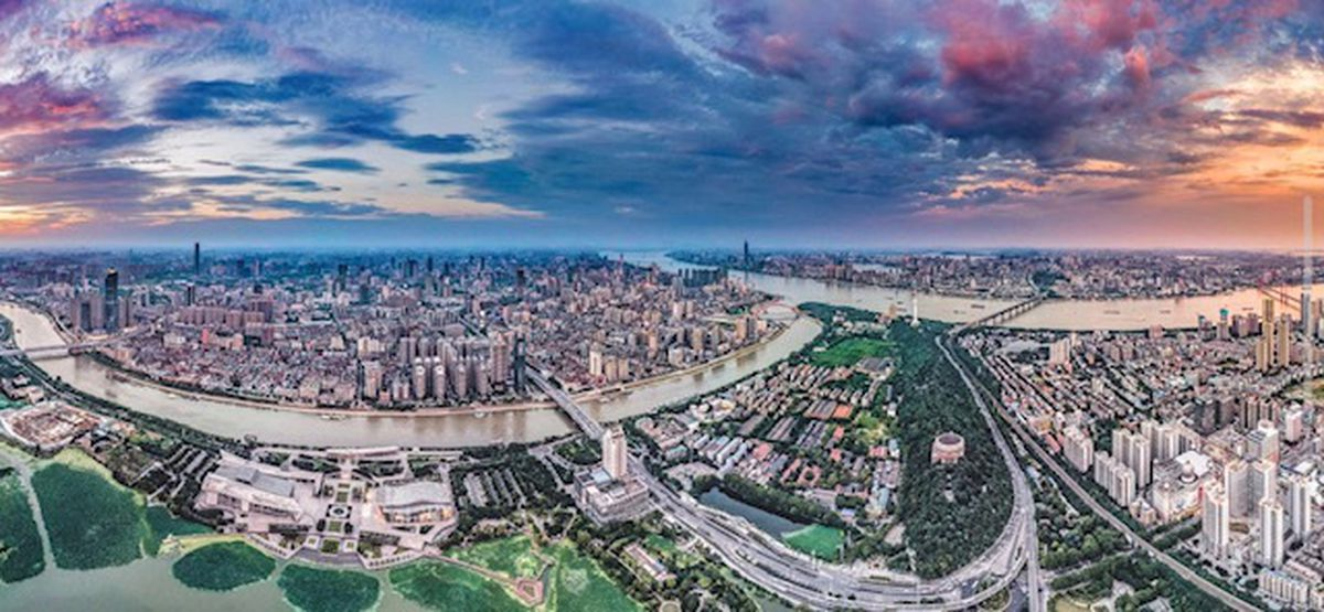 Robert's shot of Wuhan from a high vantage point
