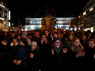 Thousands demand resignation of Czech PM over fraud scandal
