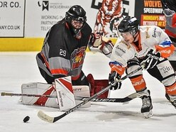 Telford Tigers on fire as they pull off a Lightning win