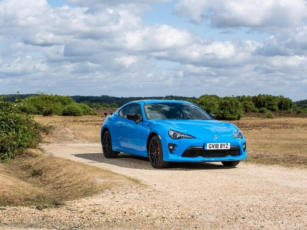 Uk Drive The Toyota Gt86 Club Series Blue Edition Builds On An
