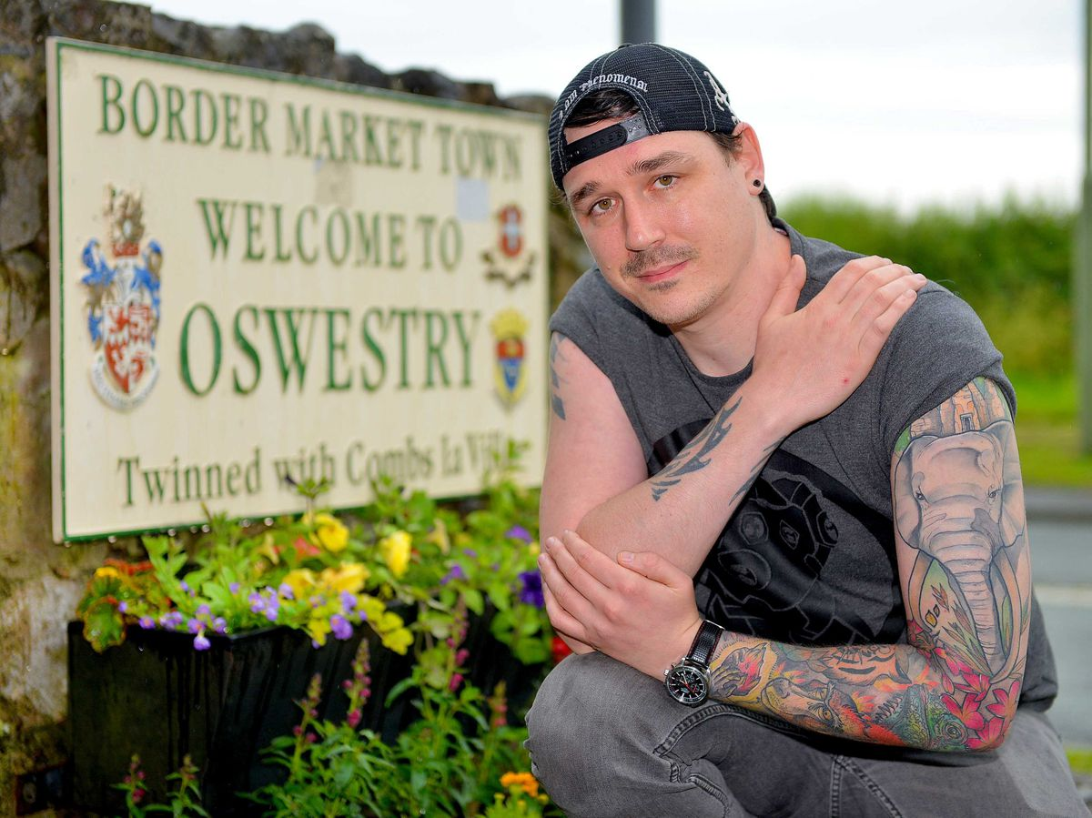 Oswestry Town Council member Jay Moore has made an official complaint about 'continued disrespect'