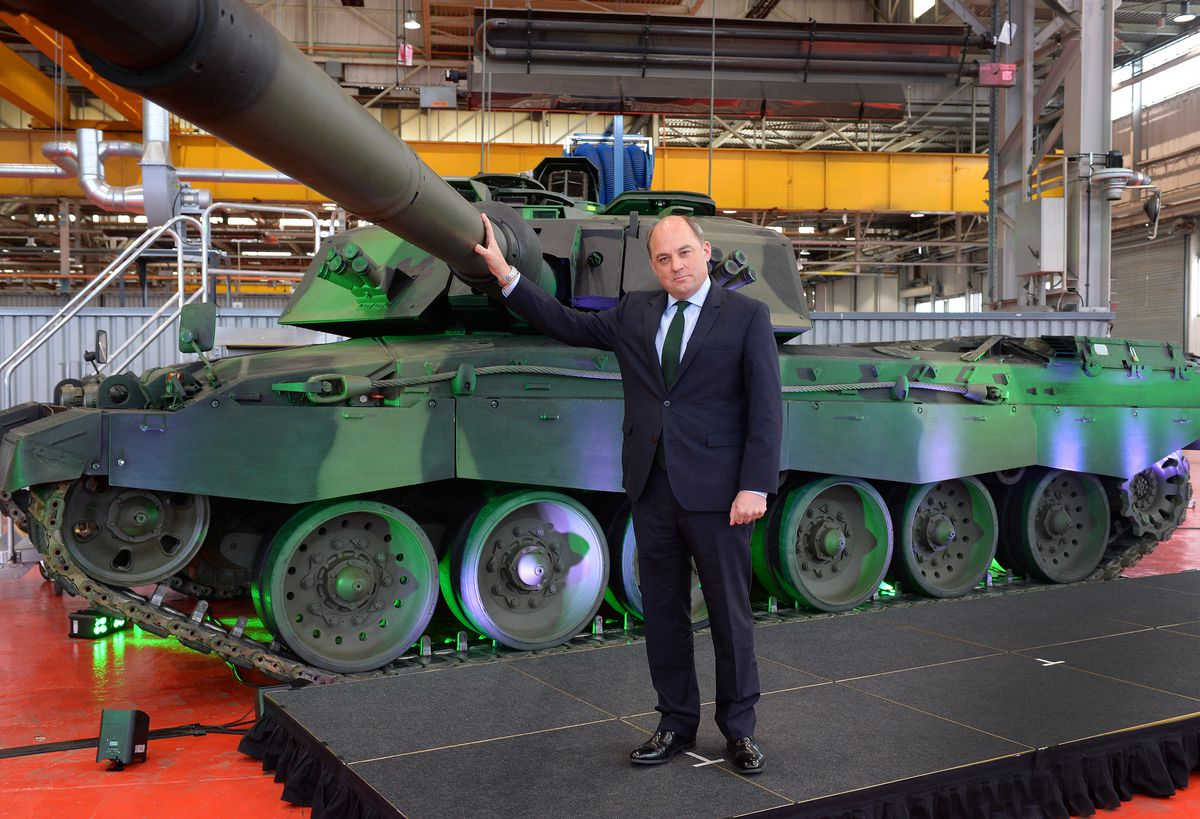 Defence Secretary Ben Wallace next to the new Challenger 3 tank at RBSL in Telford