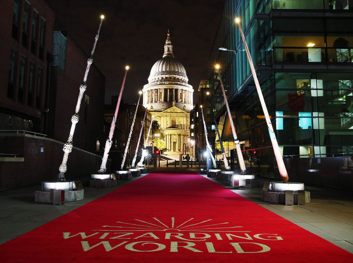 Fantastic Beasts: Wizarding World Wands supporting Lumos is unveiled on Peter's Hill, London