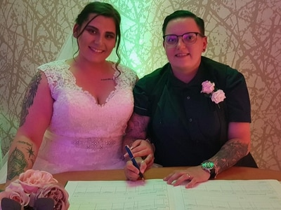 Couple tie the knot in midnight ceremony after lockdown eased