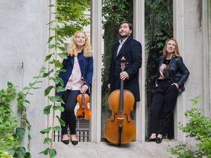 (L-R): Sabine Sergejeva on violin, Toby White on cello, Antonina Suhanova