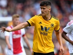 Ryan Giles signs new Wolves contract