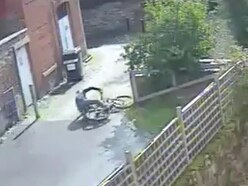 Watch: Oswestry bike thief takes a tumble