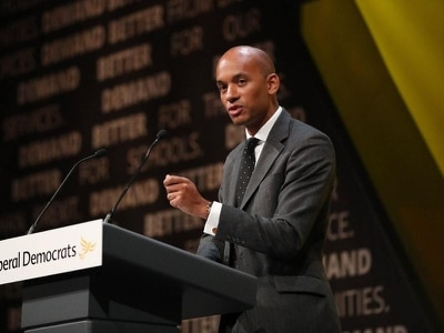 Ex-Labour MP Chuka Umunna preparing to attack Jeremy Corbyn from Lib Dem stage