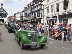 Fun in the sun at Bridgnorth carnival - with pictures and video