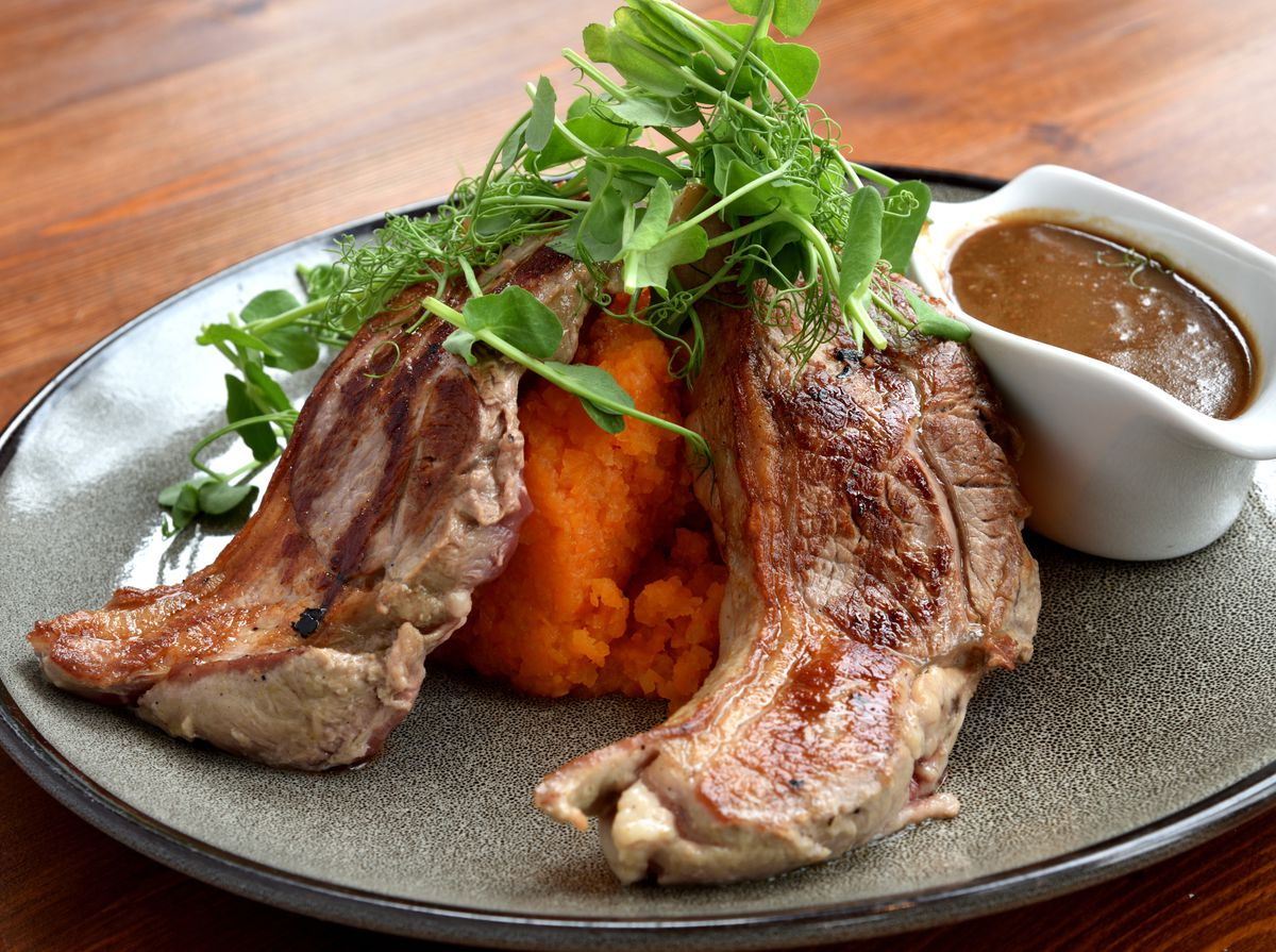 Station inn, Marshbrook review. Lamb of the day dish.