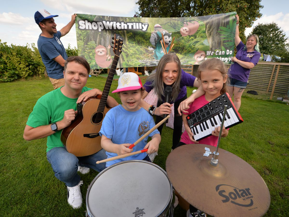 Geting ready for the 'Tilly Rae Fest', (front) Tilly Rae Rhodes, aged 8, o, with (left-right) live music co-ordinator Ben Millington, Tia Rhodes, aged 15, Pippa Millington, aged 8, (back left-right) Tony Rhodes, and Jodie Rhodes..