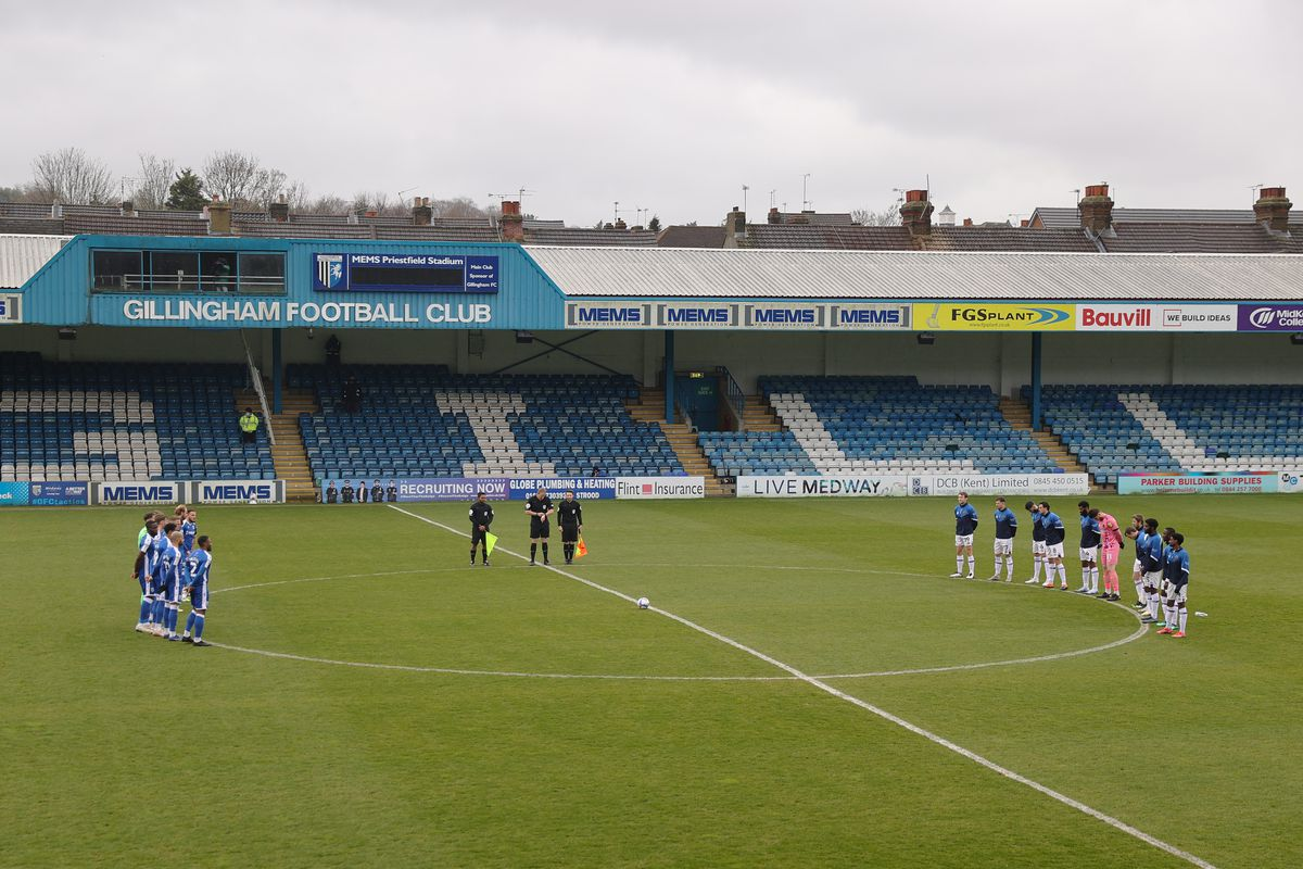 The two teams hold a two minute silence to remember HRH Prince Philip, The Duke of Edinburgh at Priestfield Stadium the home of Gillingham. (AMA)