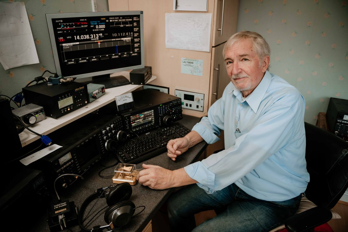 BORDER COPYRIGHT SHROPSHIRE STAR JAMIE RICKETTS 22/11/2019 - Ron Stone is celebrating 50 years on the airwaves by taking part in worl championships. The 70 year old amateur radio operator will be on the airwaves for about 40 hours this Saturday and Sunday..