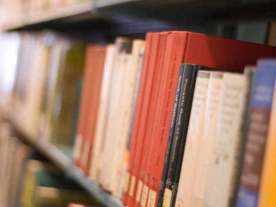 Libraries facing an uncertain future as council looks to make savings