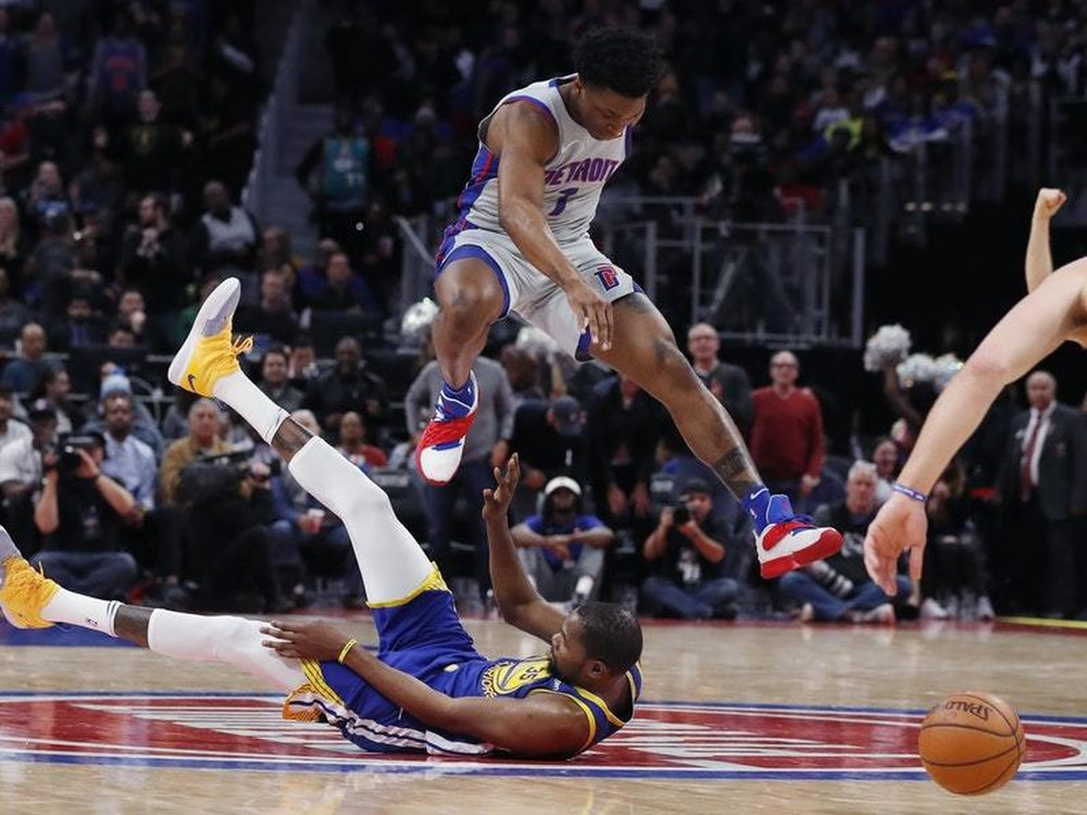 Drummond, Griffin lead Pistons to 107-88 rout of Bulls