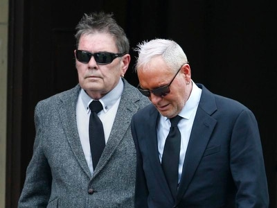Paul Gascoigne pays tribute at funeral of his father John, 72