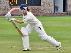 Shropshire cricketer Evelyn Jones joins Warwickshire for T20 title defence