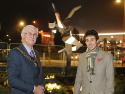 Jacob unveils sculpture at Telford shopping centre's new Fashion Quarter - with video