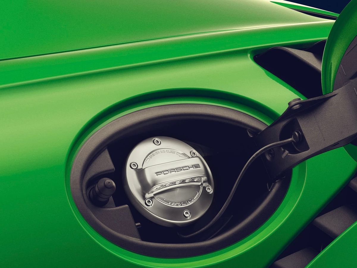 Porsche fuel cap
