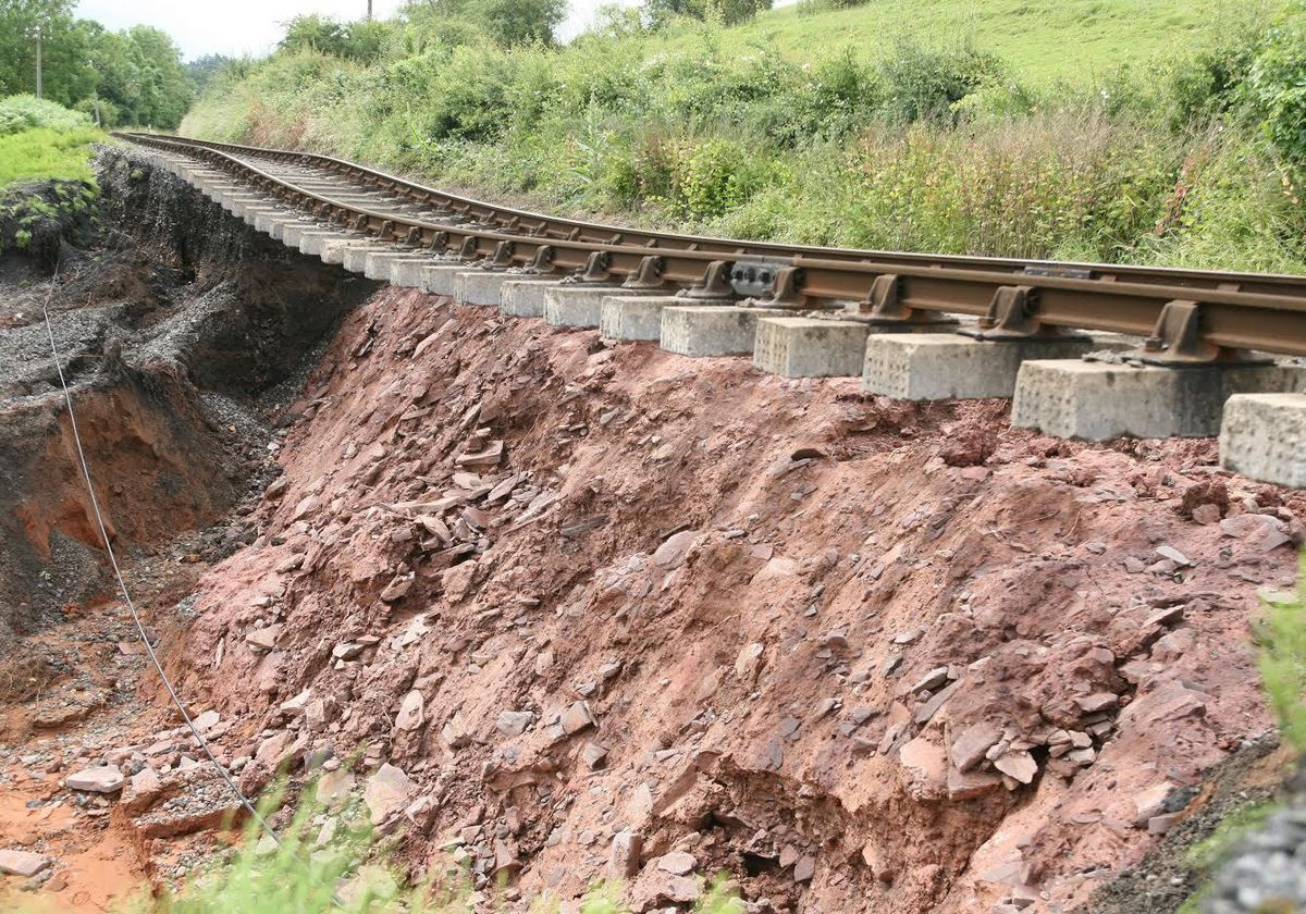 The damage caused to the Severn Valley Railway by floods in 2007