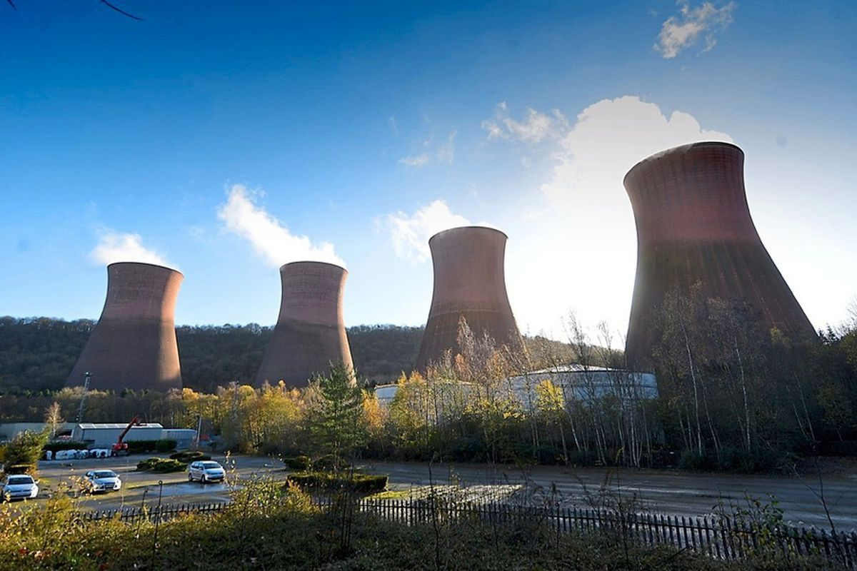 Large coal-fired power stations such as Ironbridge are a thing of the past