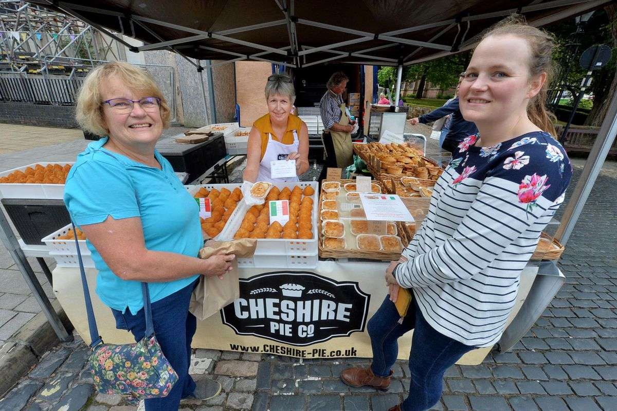 Gwyneth Jackson (Newtown) from Cheshire Pie co, chats to Eileen Bayliss and Selina Bayliss from Hodnet at Newport Food Frenzy