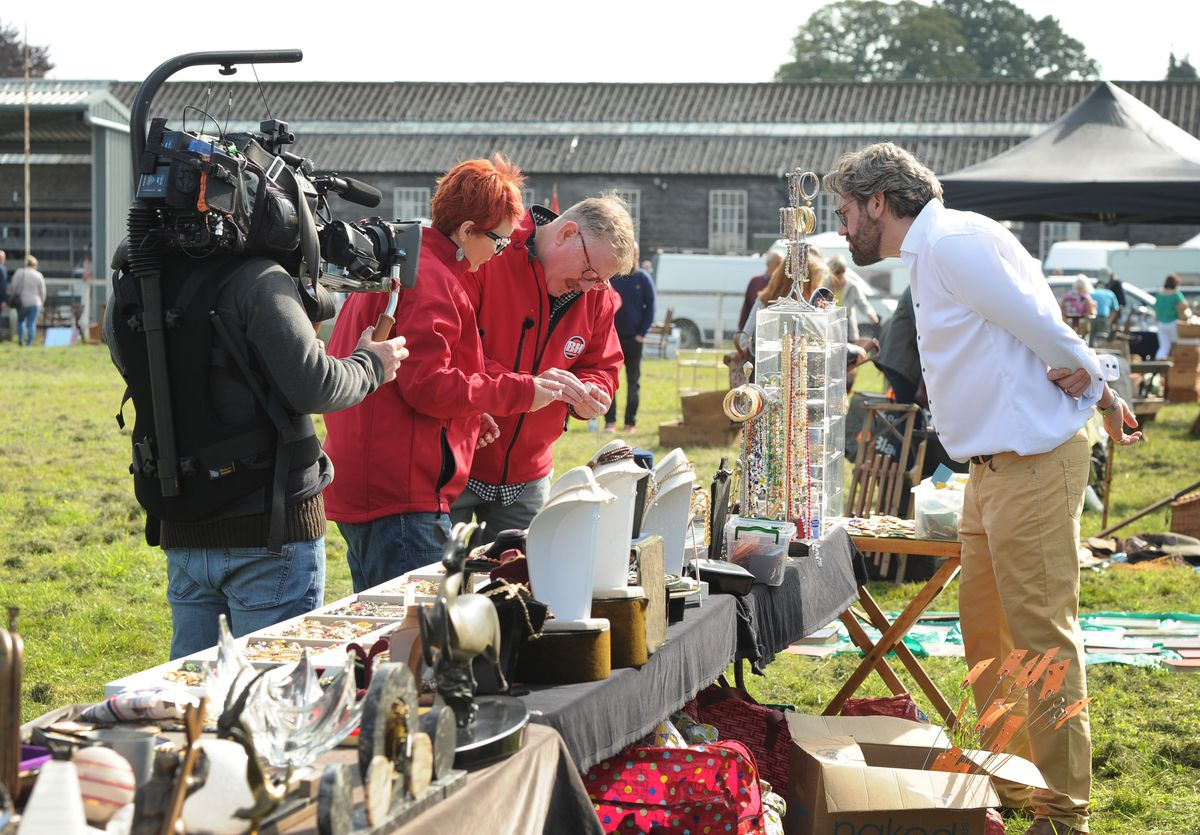 Bargain Hunt being filmed at Oswestry Showground: The red team with expert Ben Cooper