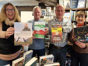 Sarah Morris, Richard Eaves, Barry Lord and Cyndy Humphreys with top titles