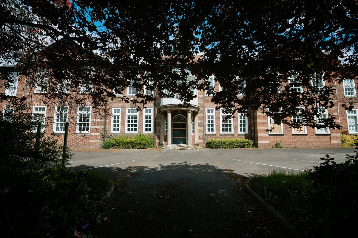 An application has been submitted to knock extensions down at the rear of New College in Telford