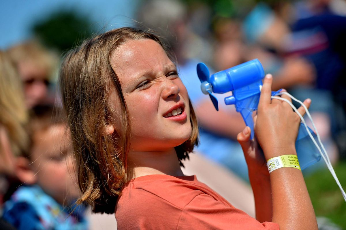 Ffion Jones, eight, from Newtown, trying to stay cool