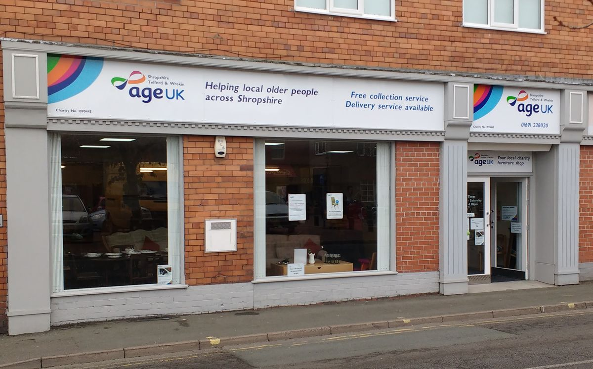 The Oswestry shop has closed as a result of the pandemic