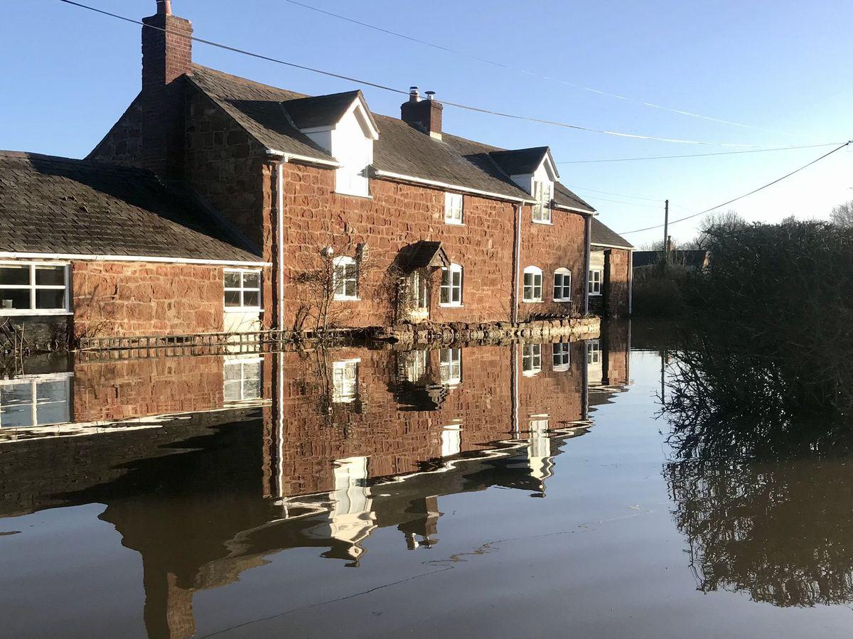Flooding in Pentre left roads impassable
