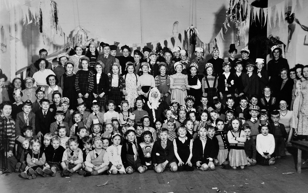 Pupils at the Blue School around 1950 to 1951. Photo courtesy of Peter Fletcher.