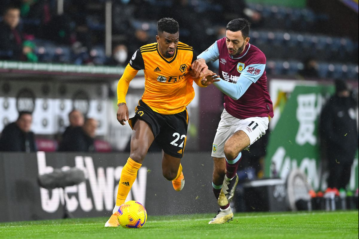 Nelson Semedo of Wolverhampton Wanderers and Dwight McNeil of Burnley (AMA)